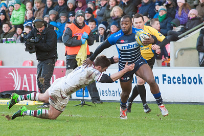 Sale Sharks Nev Edwards with another speedy run down the wing to score for his side.
