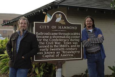 Hammond Shoe Sign: Nov. 26, 2007