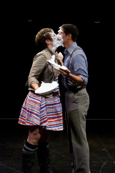 10 September 2012: Pie kiss! ... Tasty?
