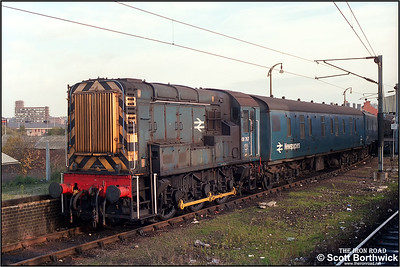 08767 awaits its next duty at Ipswich on 03/10/1986.