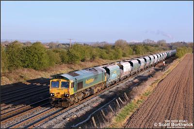 66618 passes Cossington whilst powering 6D44 0412 Tunstead Sdgs-Elstow Redland Sdg on 19/04/2021.