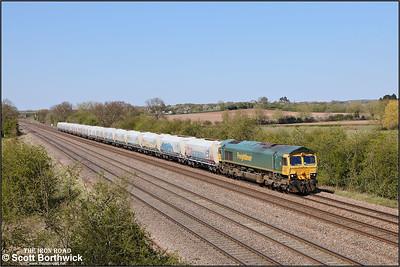 66620 passes Cossington whilst working 6D25 1148 Tunstead Sdgs-Radlett Redland Roadstone on 19/04/2021.