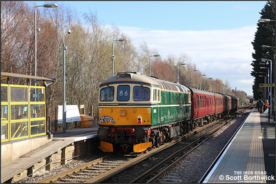 D6515 (33012) brings up the rear of 1Z87 1226 West Kirby-Southport, 'Ruby Vampire - The Second Bite' Branch Line Society railtour  headed by 33029 at Port Sunlight on 24/03/2019. This was the second attempt at running the tour, the previous attempt having derailed at Dee Marsh back in November 2018.