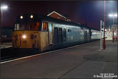 50046 'Ajax' calls at Salisbury with 1V17 1734 SX London Waterloo-Yeovil Junction on 25/01/1991.