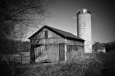 Weathered Barn---Oley, PA