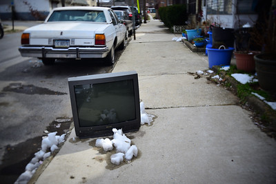 Abandoned TV---Darby, PA