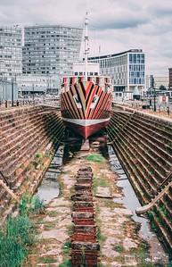 Albert-Dock-130618-1050