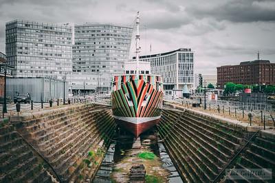 Albert-Dock-130618-1051