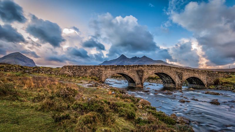Mountain On The Bridge