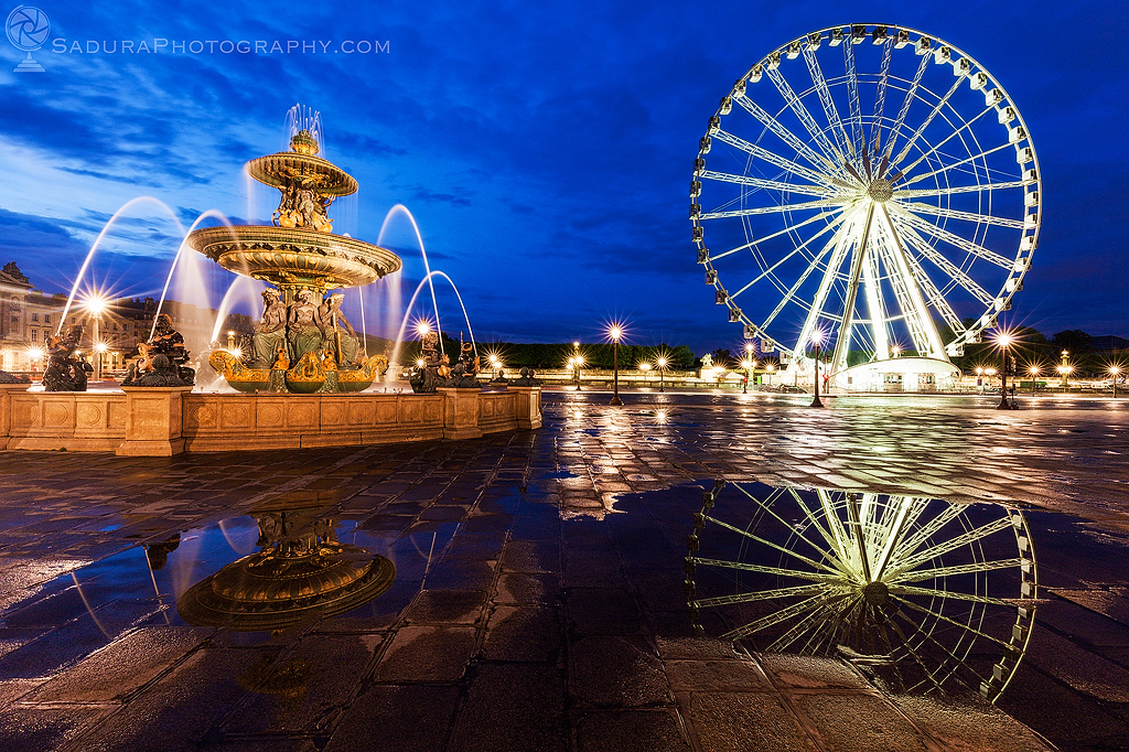 Fontaine des Fleuves and Ferris Wheel on Place de la Concorde in Paris