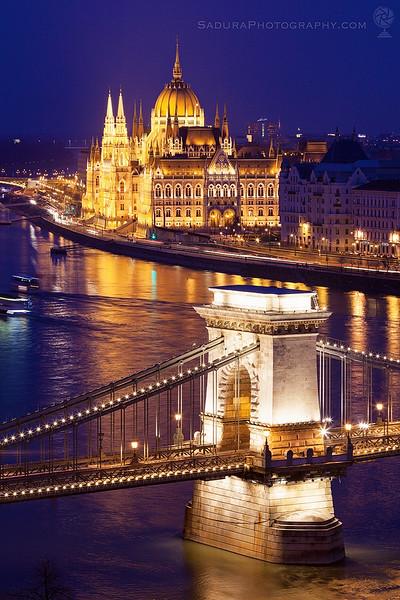 Chain bridge and Hungary Parliament