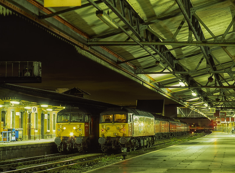 """47764 """"Resounding"""" at Reading with 1V34, the 20:30 London - Swansea Mail, <br /> on 5th September 1997. 47757 """"Restitution"""" will attach to the rear portion of this train, <br /> which will go forward as 1C84, the 21:50 Reading - Plymouth Mail. Scanned Transparency."""