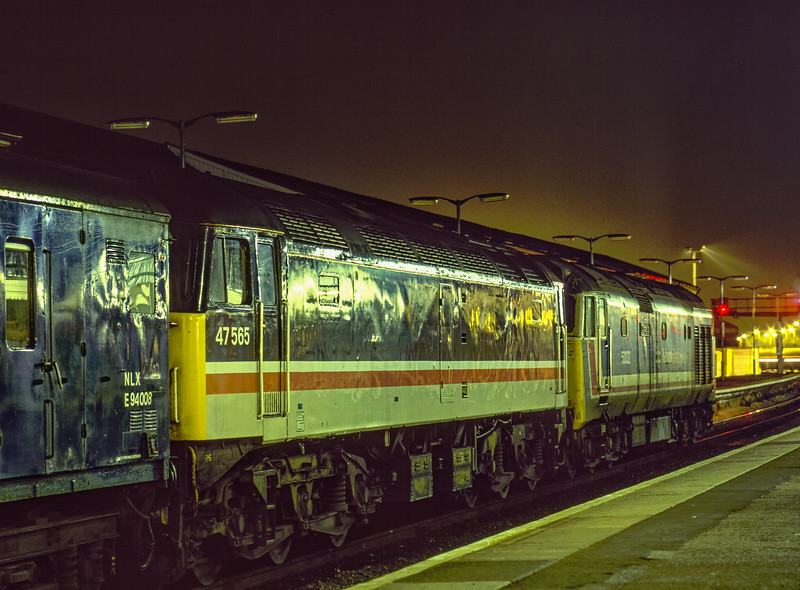 """50032 """"Courageous"""" and 47565 with 1A01, the 22:13 Plymouth - Paddington TPO, <br /> at Exeter St Davids on 11th September 1990. Scanned Transparency."""