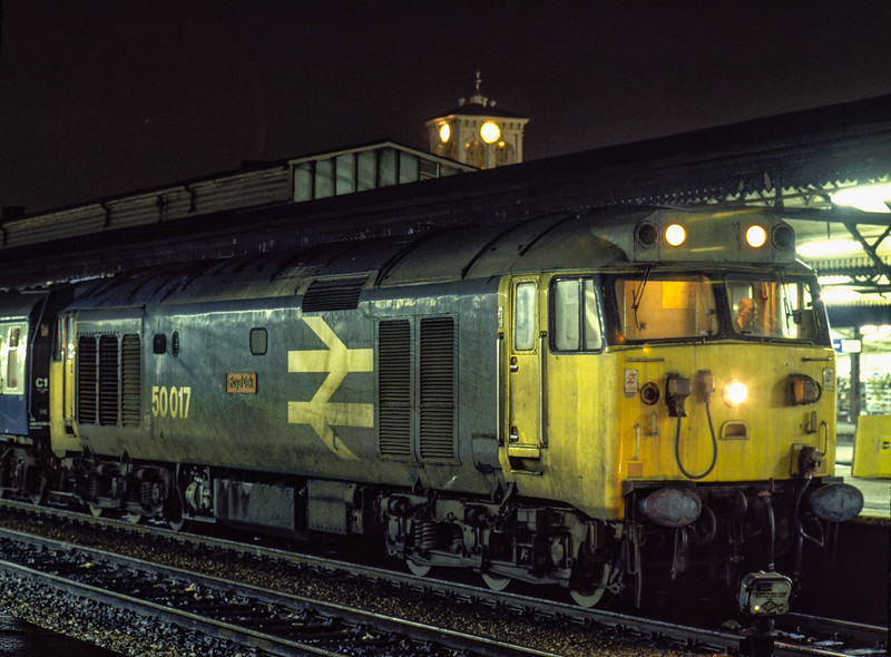 """50017 """"Royal Oak"""" at Reading with 1F52, the 19:03 Paddington - Oxford, on 2nd March 1985. Scanned Transparency."""