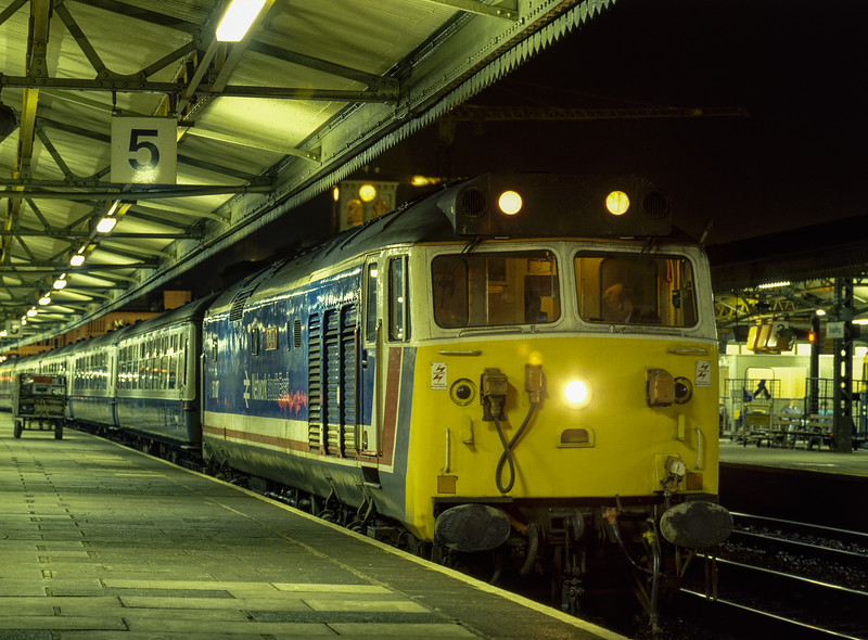 """50017 """"Royal Oak"""" at Reading with the 17:47 Paddington - Westbury, on 2nd January 1987. Scanned Transparency."""
