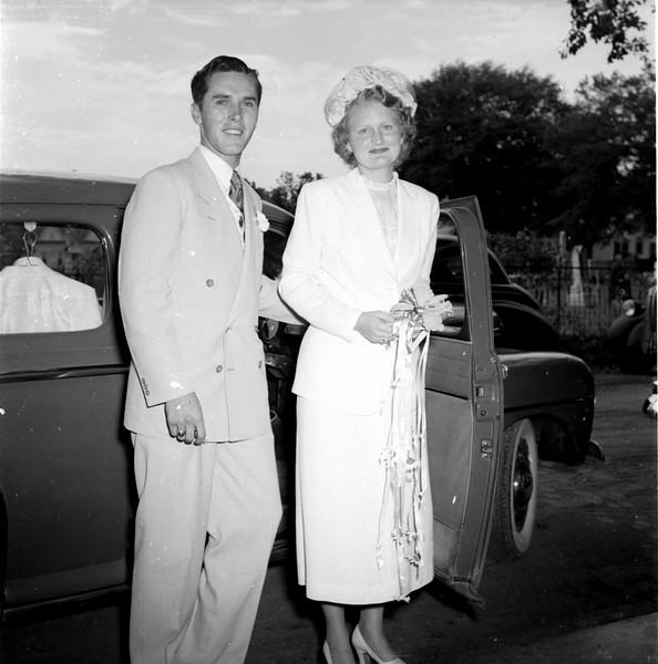 JC_MFN_000228_Arlie Parker Wedding_7-1950