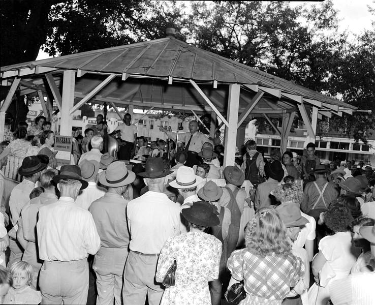 JC_LFN_000105_Perry T Knight_Public Service Comm_8-6-1948
