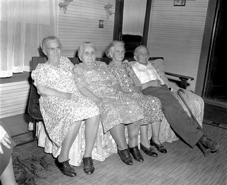JC_LFN_000089_Mrs Peter Gaskins 82nd Birthday_8-1-1948