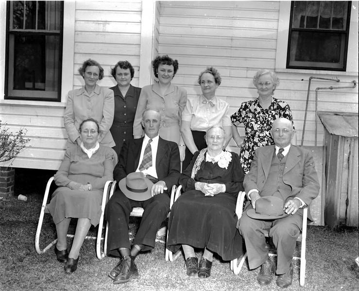 JC_LFN_000139_Mrs Shaw_87th Bday_120 Desc_1-1949