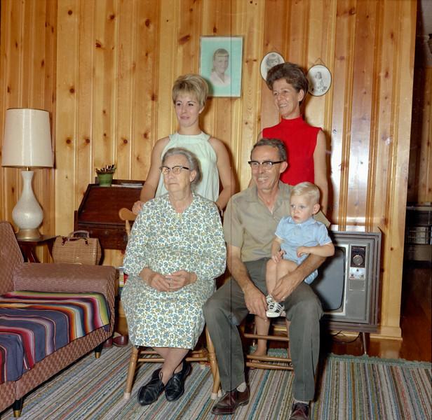 Henry Bailey Family June 1968