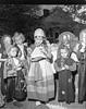 JC_LF_000534_Kitty Brown Birthday_Halloween_10-28-1948