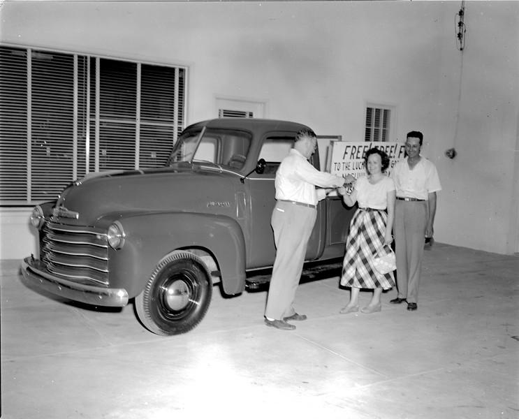 JC_LFN_000098_Tobacco Drawing Truck Winner_8-20-1948