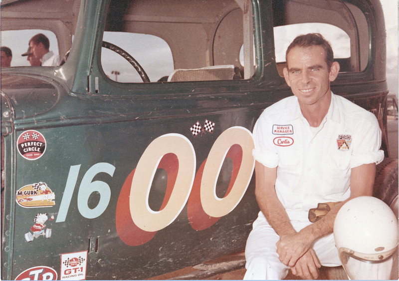 Racecar 00 - Curtis Morgan