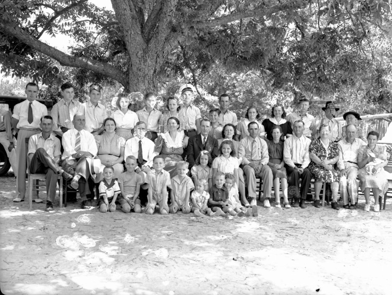 Lee-Mathis Family Reunion at the home of New Turner, May 19, 1941.