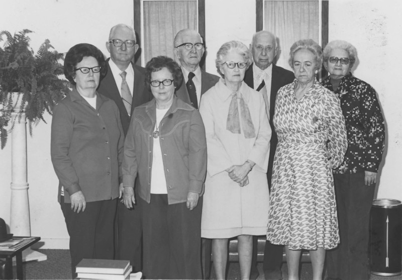 Front row, left to right: Annie L. Mathews, Sue Browning, Miriam Griffin, Ludell Tyson<br /> Back row, left to right: Eddie Bennett, Dumps Griffin, Omer Tyson, Nell Whaley<br /> Occasion, location and date of photo needed. Photo identification by Ray Luke.