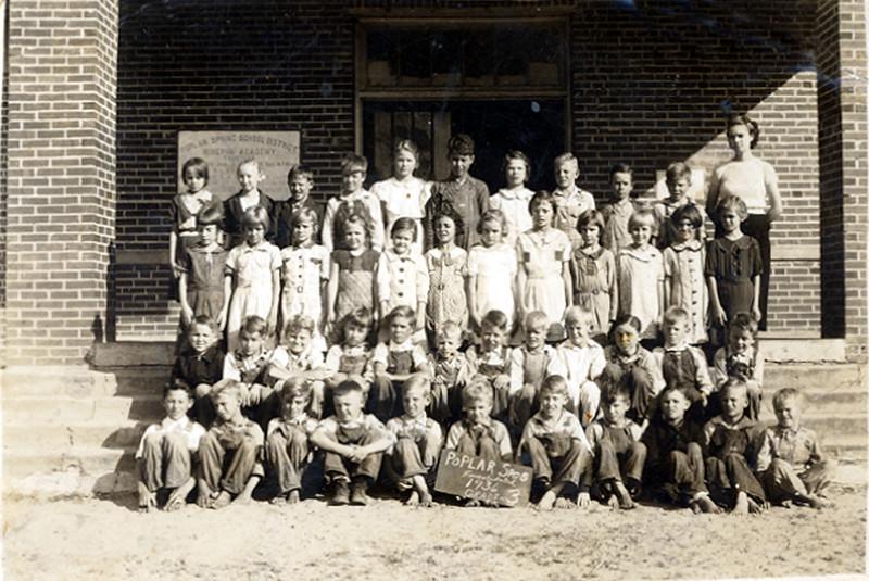 Poplar Springs Consolidated, 1936. 3rd Grade. Identifications needed.