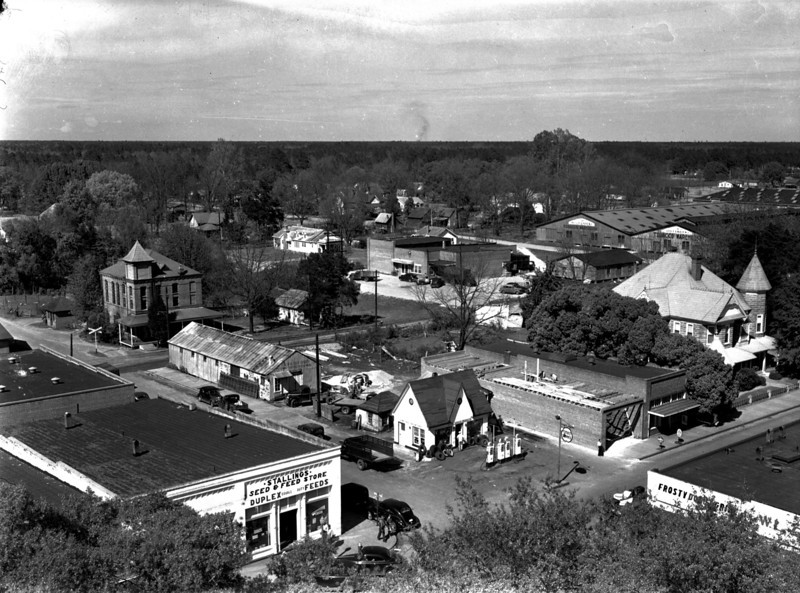 Northeast section of Nashville, Georgia, about 1940s, as viewed from the courthouse tower. Photo by Jamie Connell