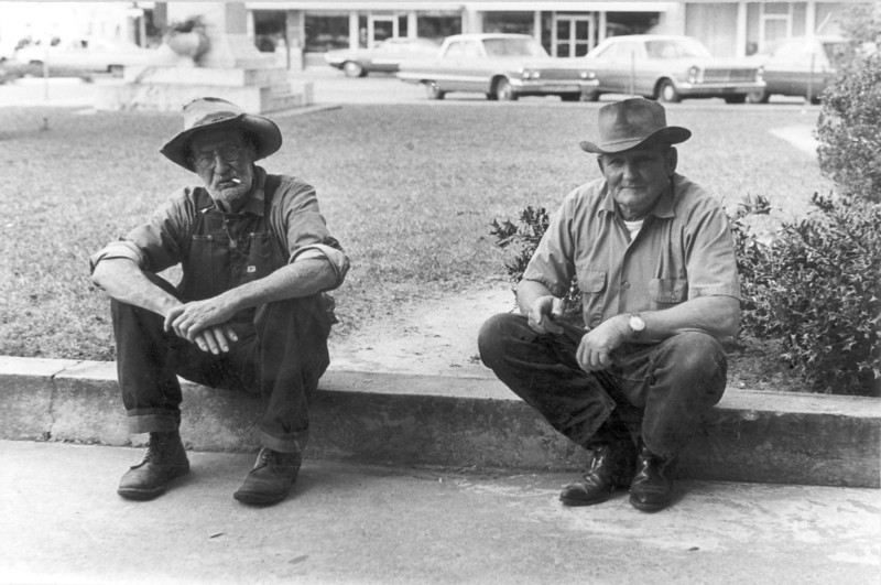 Photo taken on front sidewalk of Berrien County courthouse in 1972. Bill Day (left) Identifications needed. Photo by Peggy Tygart.
