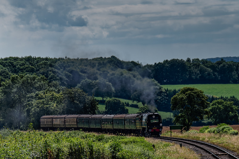 """34081 """"92 Squadron"""" with load 8, on Wanders Curve with the 15:20 Alresford - Alton, <br /> non-stop special working, on 7th July 2017."""
