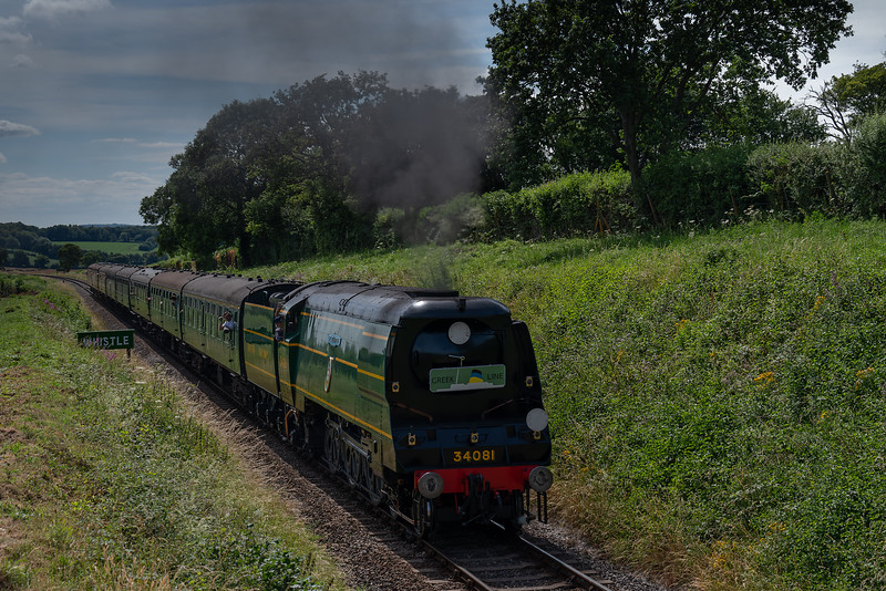 """34081 """"92 Squadron"""" with load 8, passes the whistle board for Wanders Crossing <br /> with the 15:20 Alresford - Alton, non-stop special working, on 7th July 2017."""