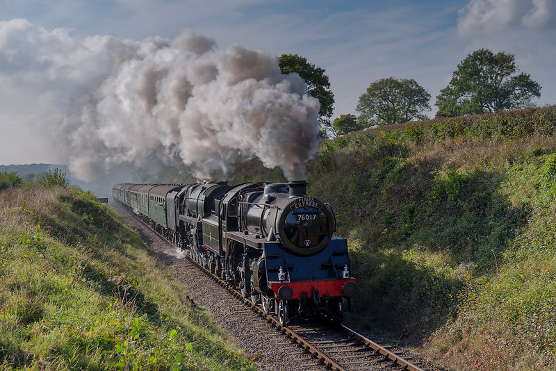 Standard 4 No. 76017 and 9F No. 92212 pass the Whistle Board for Wanders Crossing <br /> with the 13:40 Alresford - Alton, on 23rd October 2016.