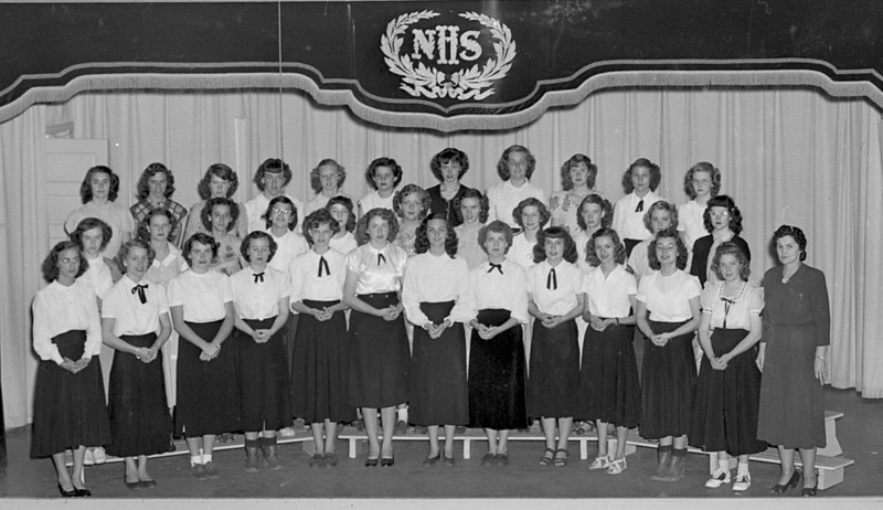 Nashville High School Annual Glee Club, April 1, 1949, with Mrs. Alma Kneece.
