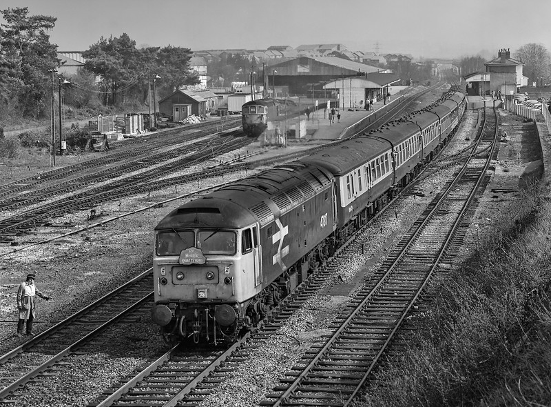 "47817 arriving at Andover with 1Z37, the 06:21 Manchester - Whatley Quarry and Merehead Quarry, on 31st March 1990. This was the ""Mendip Quarryman"" <br /> organised by Pathfinder Tours. Scannned Negative."