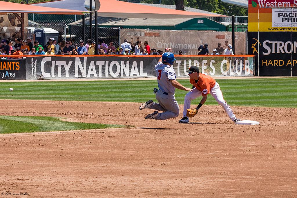 IMAGE: https://photos.smugmug.com/Latest-Uploads/San-Jose-Giants-Vs-Stockton-Ports-72917/i-Xc53WXS/0/4dfef0ed/O/Nate%20Mondou%20steals%20second%20beating%20the%20throw%20to%20Ryan%20Howard.jpg