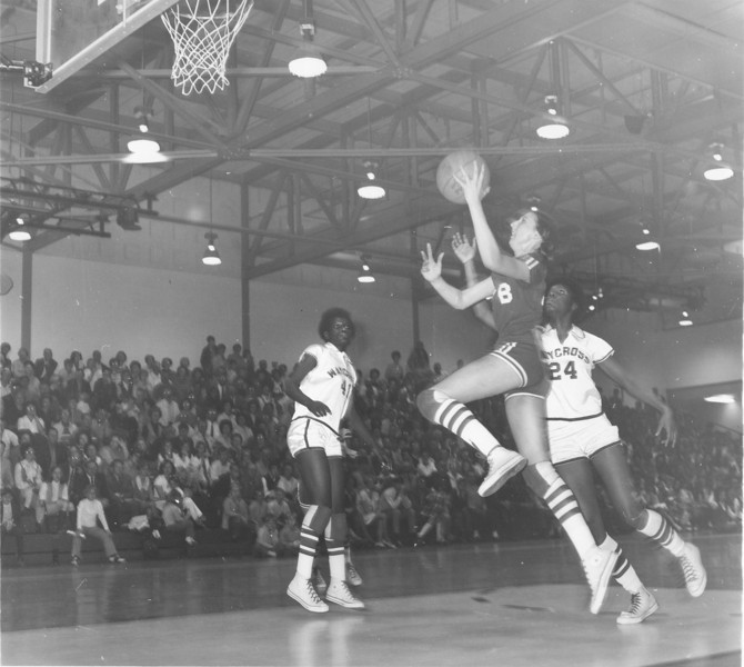 1970 State Championship game Mary Grace Bailey shooting