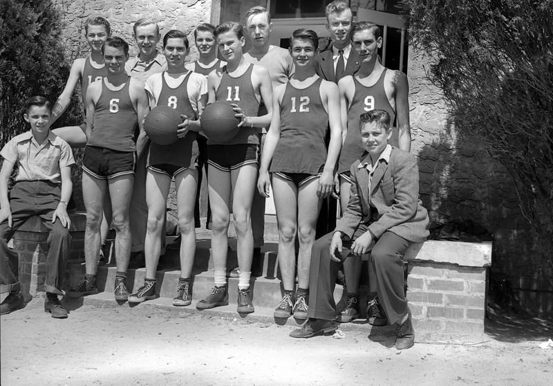 1946-47 Nashville High School Boys Basketball Team<br /> Coach:  Lossie Gaskins<br /> First NHS basketball team after WWII<br /> <br /> <br /> JC_MF_000479_Nashville High School Boys Basketball c 1940s