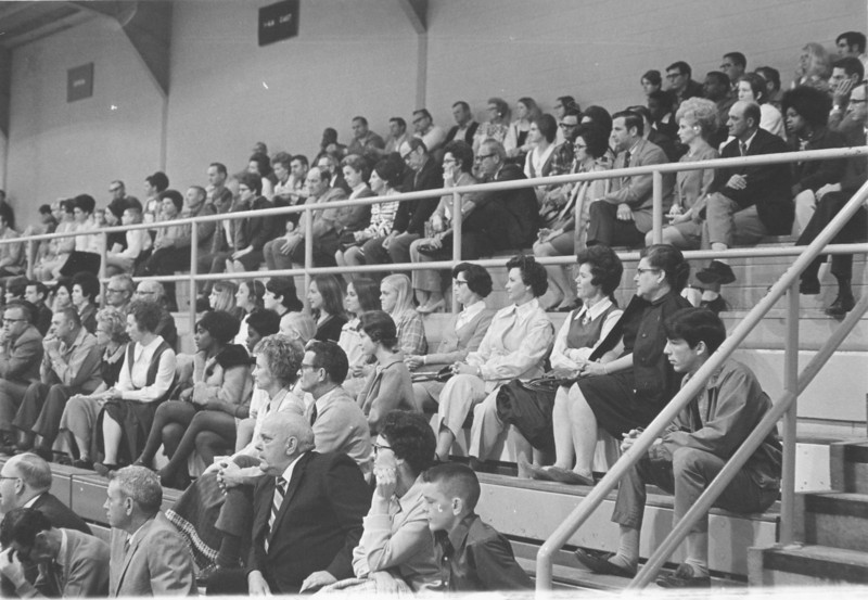 1971 April Stanley Simpson Appreciation Night supporters