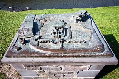 Caerphilly Castle & Centre 200920 -022 BRONZE sculpture 500th scale model by artist Rubin Eynon