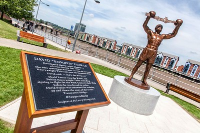 David 'Bomber' Pearce statue