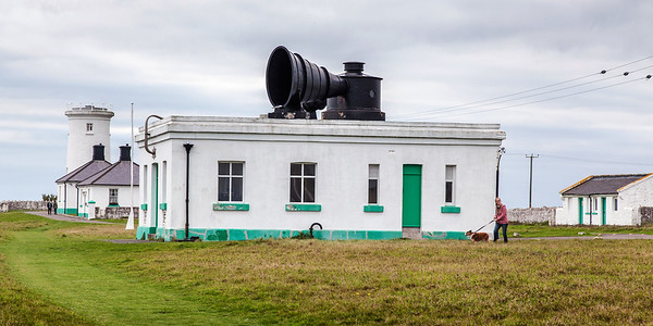 Nash Point Lighthouse 40