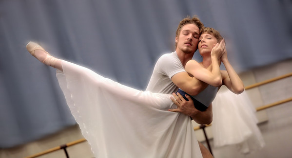 Jonathan Davidsson and Sharon Teague rehearsing FOUR SEASONS