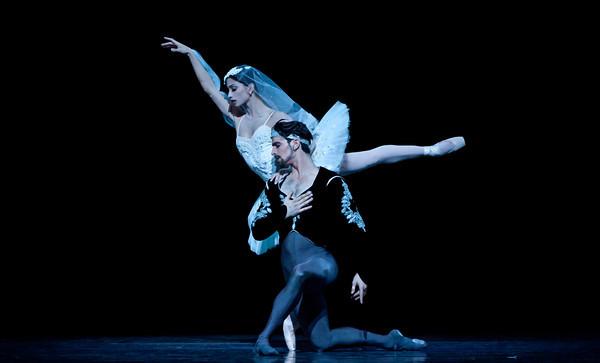 Joseph Walsh and Karina Gonzales