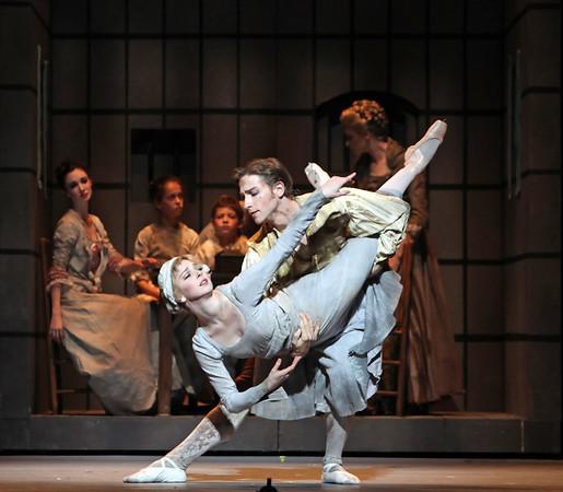 Ian Casady, Melody Herrera and Artists of Houston Ballet
