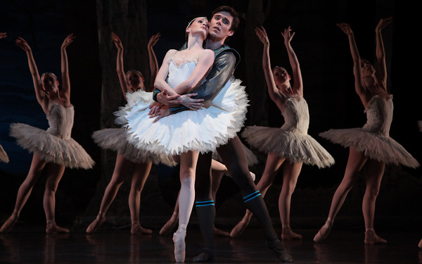 Conner Walsh, Sara Webb, and Artists of Houston Ballet