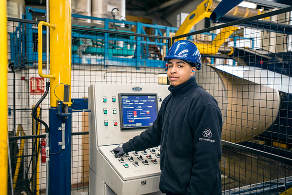 Apprentices at tkM Vetchberry Steel