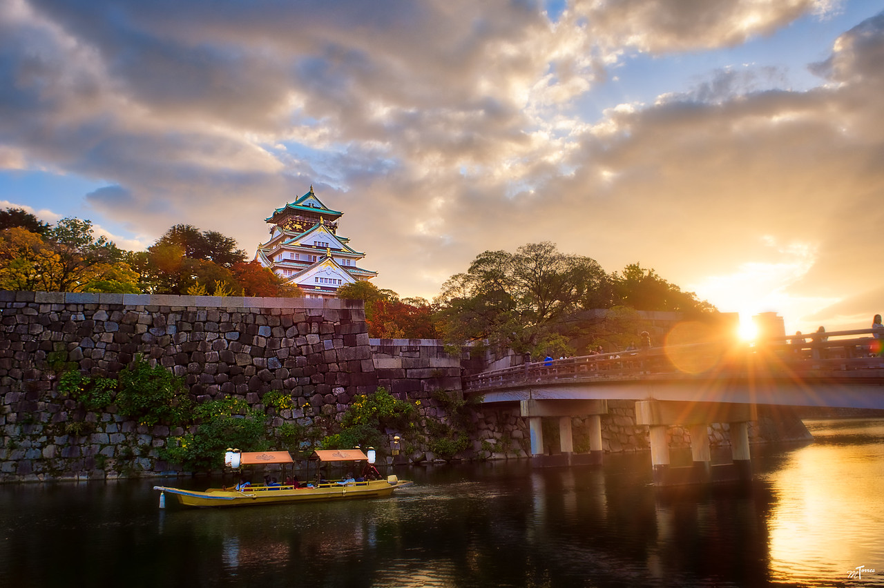 The Bridge to Osaka Castle